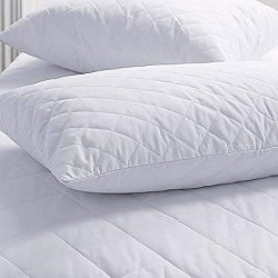 Quilted-Pillow-Protector.jpg